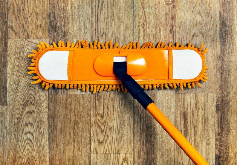 La mejor manera de limpiar los pisos de madera