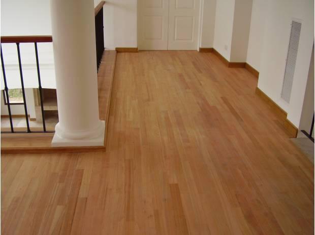 ¿Cómo remover pisos de madera?